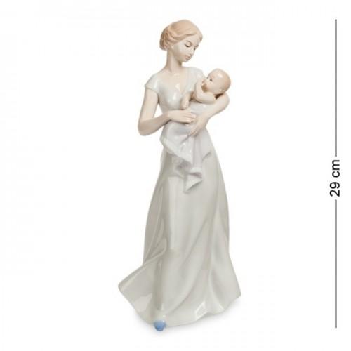 JP- 15/ 6  Женщина с младенцем (Pavone) 29см